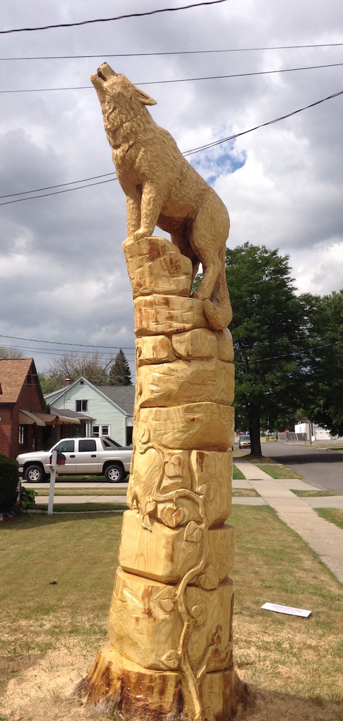 Chainsaw artists art sculptures